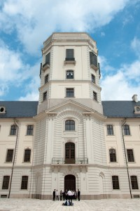 The tower at the Eszterhazy Károly College  houses a small astronomy museum.